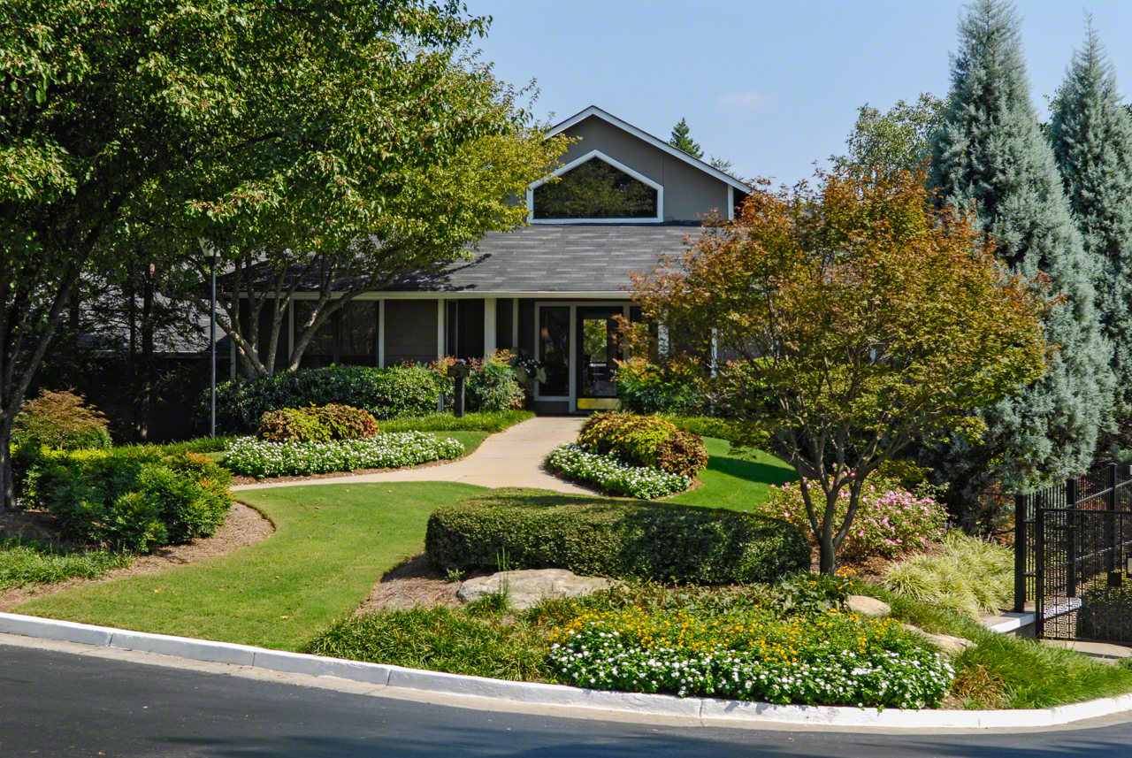 Clubhouse Landscaping